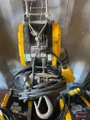 CWS-230 230Kg electric mini wire rope hoist 110V s/n 2303899. *N.B. This lot has no record of
