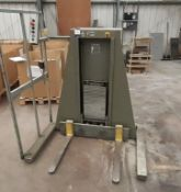 Polar L600-3 Stack Lifter, serial number 5872233