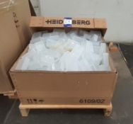 Large quantity of Business Card boxes to pallet (100 x 65)