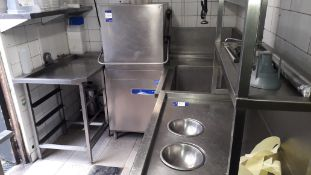 Hoonved CAP7E11 Pass Through Dishwasher Serial Number GB1803890318 with Feed Table, fitted Sink with