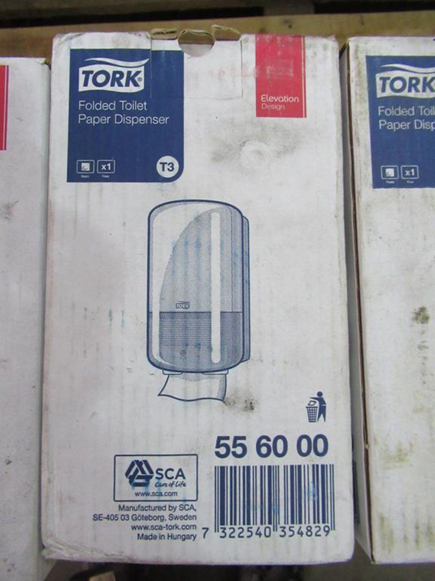 19 x Tork T3 New Folded Toilet Tissue Dispensers - Image 4 of 5