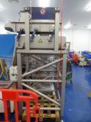 Vibratory feed shaker high level unit