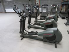 A Life Fitness Cross Trainer 9500HR