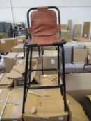 x2 Saddle High Stools