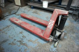 Hand operated high lift pallet truck