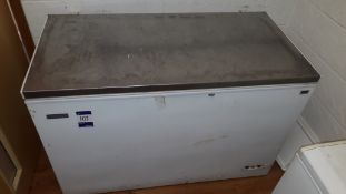Elcold EL45SS Stainless Steel Lid 1300mm Chest Freezer Serial Number 03090609. Located at Fresco's