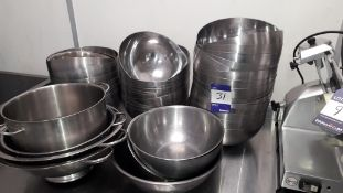 Quantity of Approx. 35 Stainless Steel Mixing Bowls and 3 x Colanders. Located at The Great Little