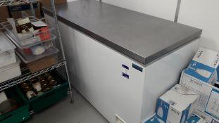 Polar CE212-B Stainless Steel Lid Chest Freezer Se