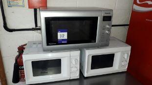 3 x Domestic Microwave Ovens. Located at Fresco's Hemel Hempstead Limited, Vitalia House,