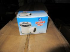 Approx. 4 Boxes x QTY 50 MA104631W - White Shower Trap with Removeable Centre