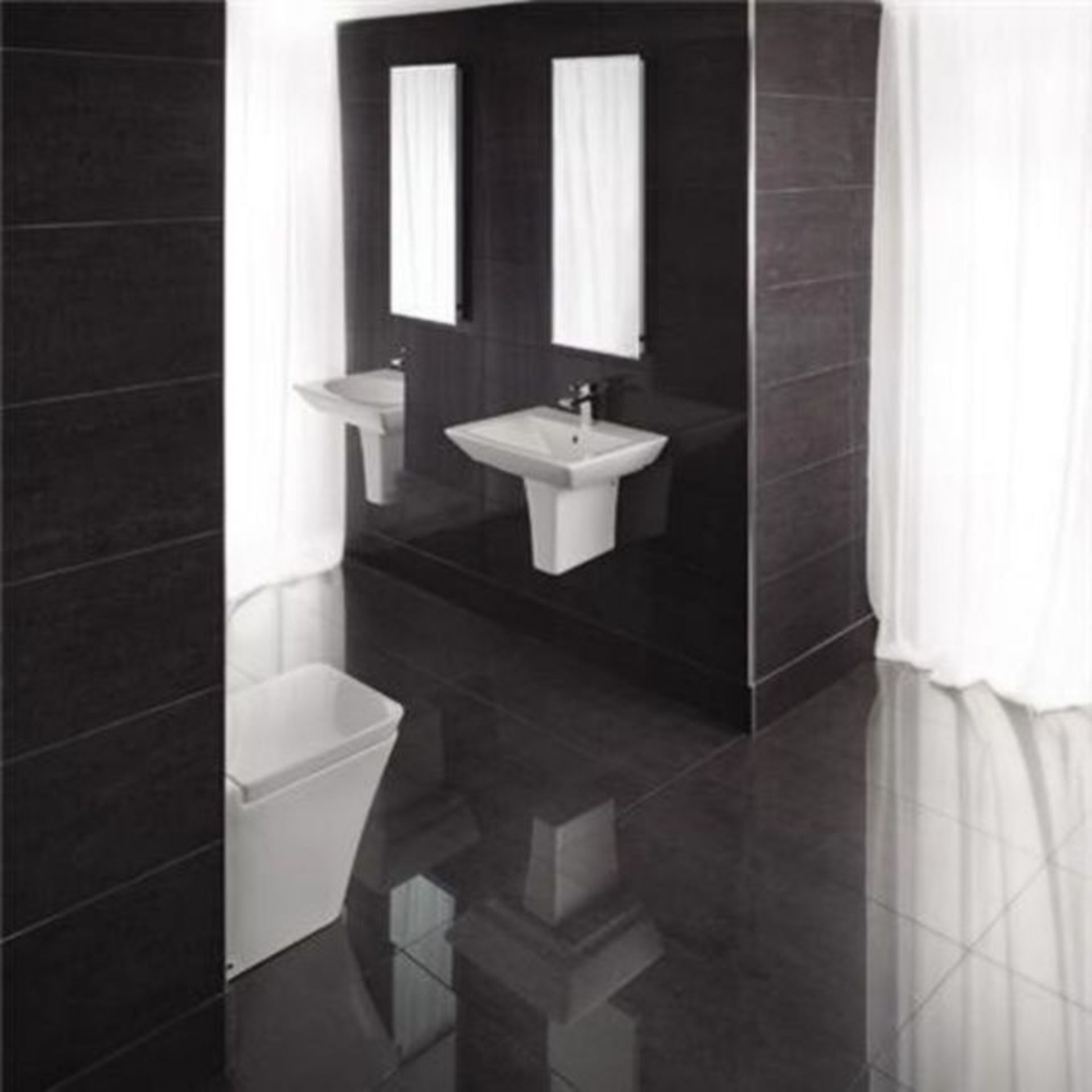 NEW 8.25m2 Milano Garfito Wall and Floor Tiles. 450x450mm per tile, 10mm Thick. Give your bathroom