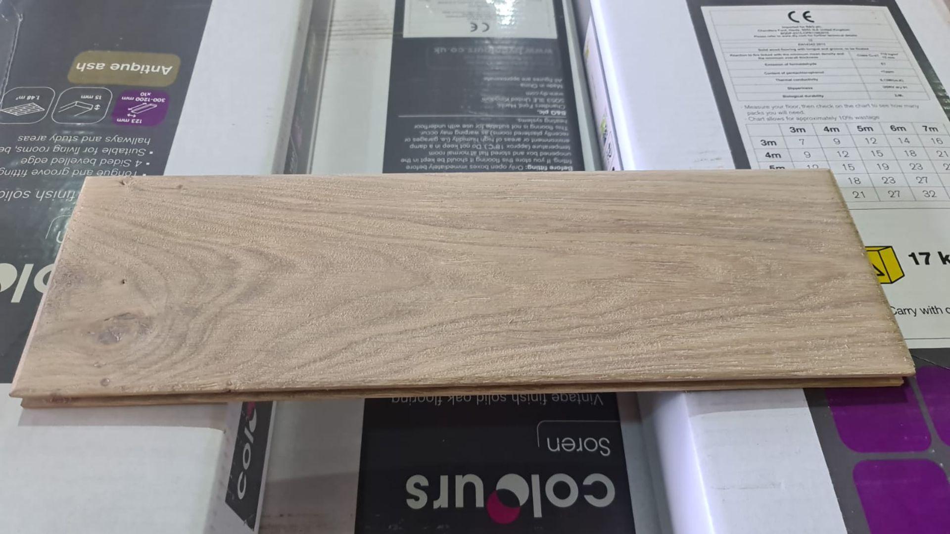 NEW 11.84M2 Soren Vintage Finish Solid Oak Flooring Antique Ash. 15mm thickness, 123x1200mm per - Image 2 of 2