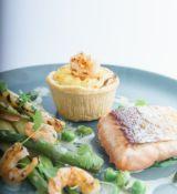 14 x APP19/23 Salmon & prawn pie (24) BBE 22/08/20