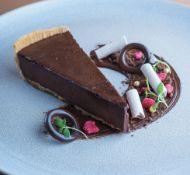 20 X TA19/04 Rich chocolate ganache tart wedge (20