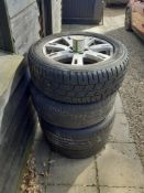 Set of four Land Rover Alloy wheels & Tyres (one damaged)