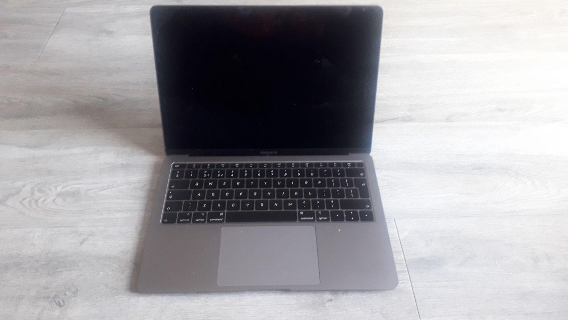 "Apple MacBook Air, 13"" Retina True Tone (2019), 1. - Image 4 of 7"