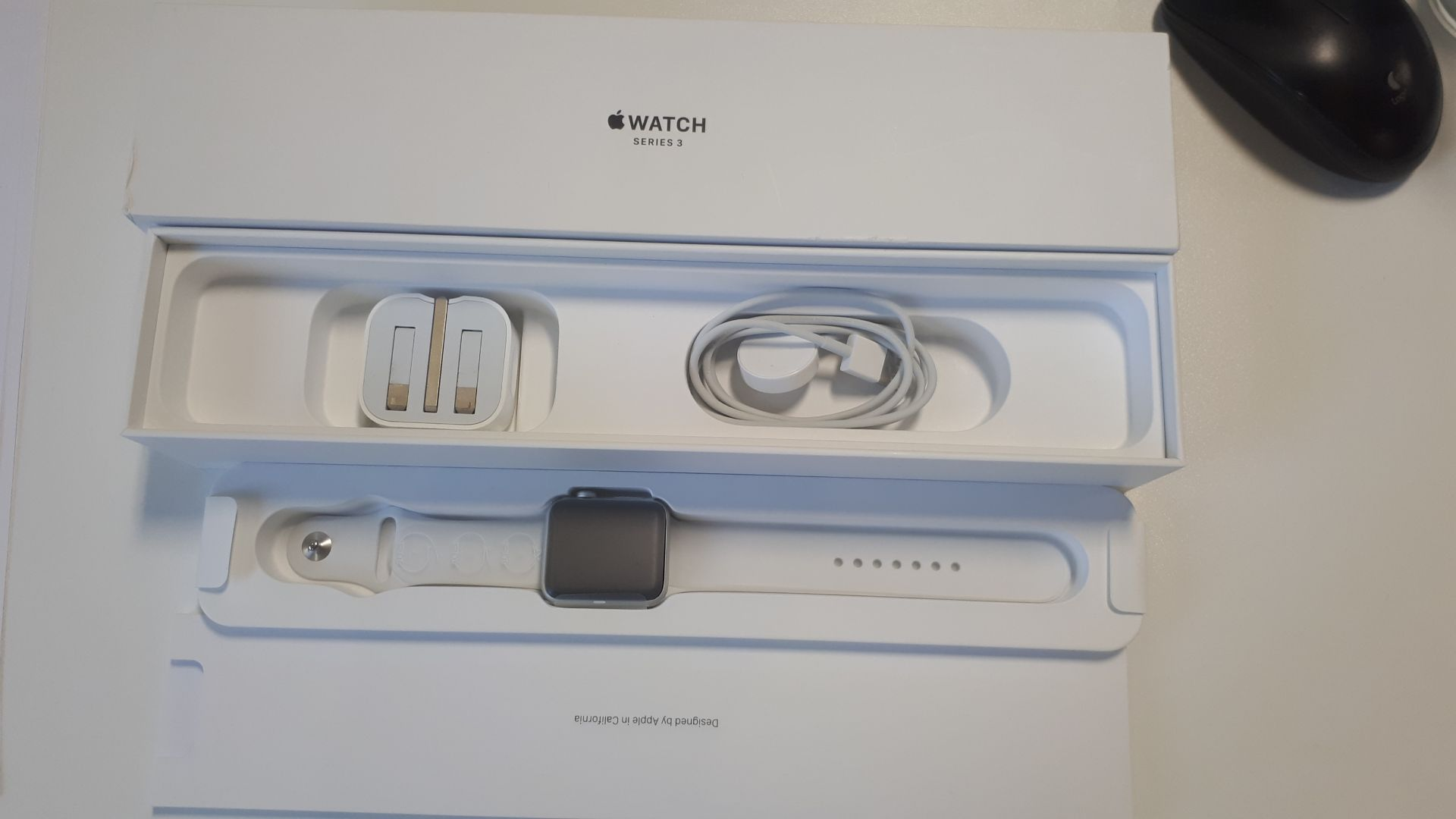 Unused, Boxed Apple Series 3 42mm Silver Aluminium - Image 3 of 4