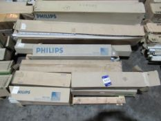 Mix x Mixed Pallet of Philips Tubes 2ft, 4ft & 5ft Mixed OEM Trade Price £150