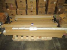 10 x Lumineux LB200 70W 6000K 220-240 6ft Twin Batten, 3 x Metrolamp 58W 4000K Tube 5300lm, 1 x