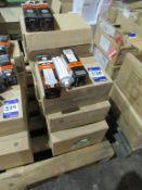 96 x GE BIAX Q-E 57W G24Q-5 4 PIN OEM Trade Price £ 658