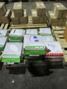 1 x Lumineux 12W Bulkhead 4000K 550lm 220-240v Eyelid, 1 xLED 12W 3000K Bulkhead 100-240V, 1 x LED