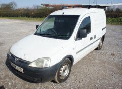 Vauxhall Combo 1700 DTI Van, diesel, white, Regist