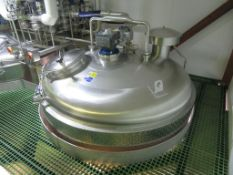 Moeschle 10,700 Litre Tank with Load Cells