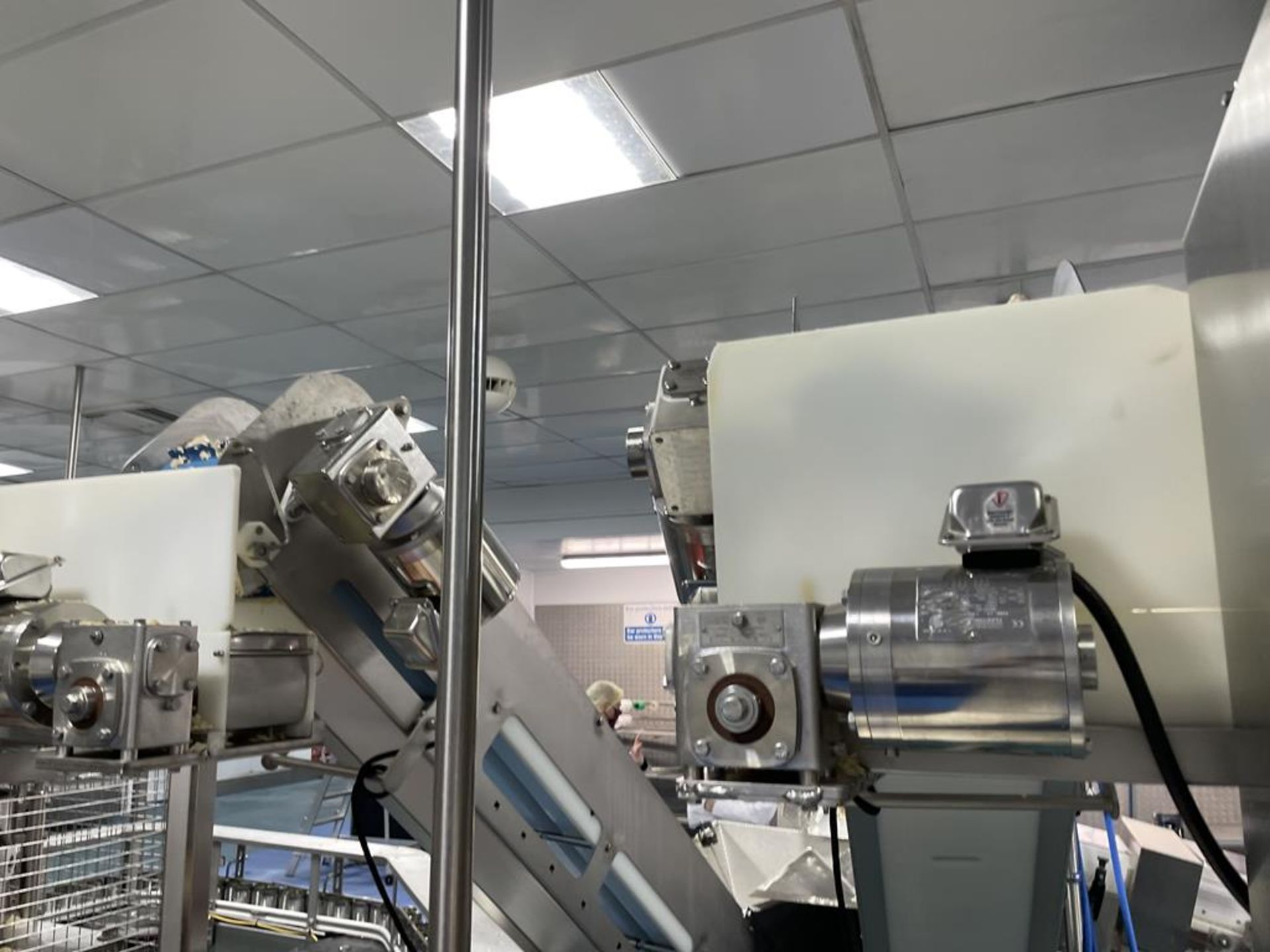 Carruthers Rotary Six Head Can Filler with 6 Filling Heads and 6 Tamping Heads - Image 6 of 15