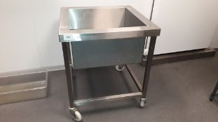 Stainless steel mobile Ice Sink, 650mm