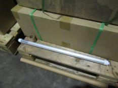 60 x Lumineux 2ft LED Tube 10W 4000K 1050lm 85-265V OEM Trade Price £440