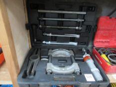 SPX Power Hydra-Grip-I-Matic Puller & Straightener