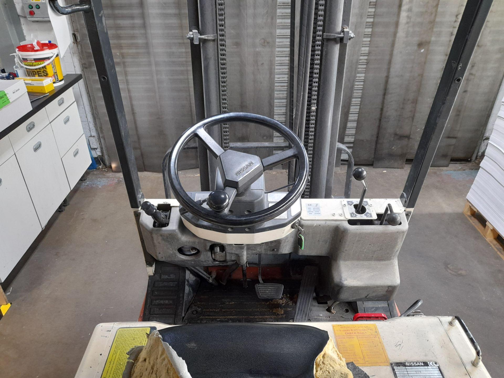Nissan N01438-U electric 3 wheel forklift truck, C - Image 2 of 5