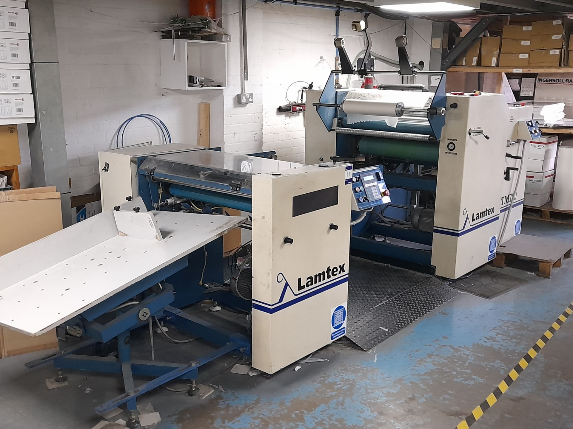 Lamtex TM820 laminator, with Tool Temp TT/142 chil
