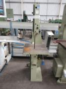 Mini Max S/45 Bandsaw. YOM: 1998, 240V, Single Phase, 50Hz, Weight 150KG. Please note there is a £10