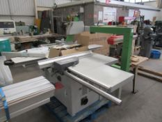 Felder K700S Panel Saw withDigit Set Miter. Please note there is a £15 Plus VAT Lift Out Fee on this
