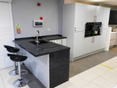 Kitchen Set to include L Shaped Granite Worktop/Br