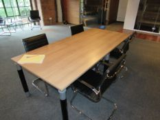 Executive meeting table with 4 leather effect charis