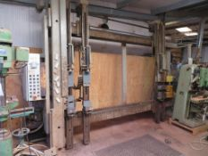Hess LUX-2000 UP10 Hydraulic Frame Press