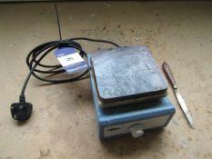 Stuart US150 Lab Table Top Hot Plate