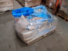 1 Pallet of 20ml potted paint, copper & antique gold, Approx. 10 trays/boxes, one pallet