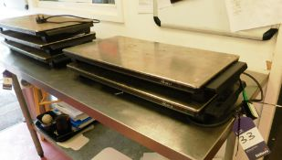 5x Hostess Electric Hot Plates (Three Without Plug)