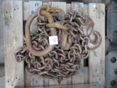 Lifting Hooks and Chain