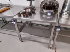 Stainless Steel Bench (Approximately 900x900mm) (please note this lot also forms part of composite