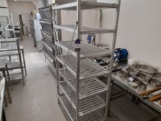 Stainless Steel Shelving Unit (Approximately 1030x560) (please note this lot also forms part of