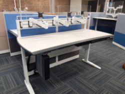 High Quality Showroom Furniture
