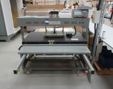 Guangzhou pneumatic heat press, table size (1320 x