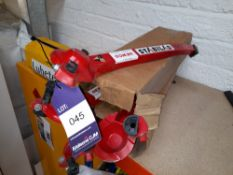 3 pairs of Stabilad Ladder Stabilisers
