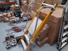 Bratts 3-tread Platform Ladder