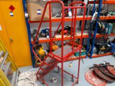 Mobile 4-step Warehouse Access Platform Ladder