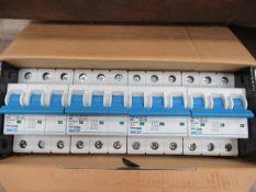 80x MCG circuit breakers (unused and boxed)